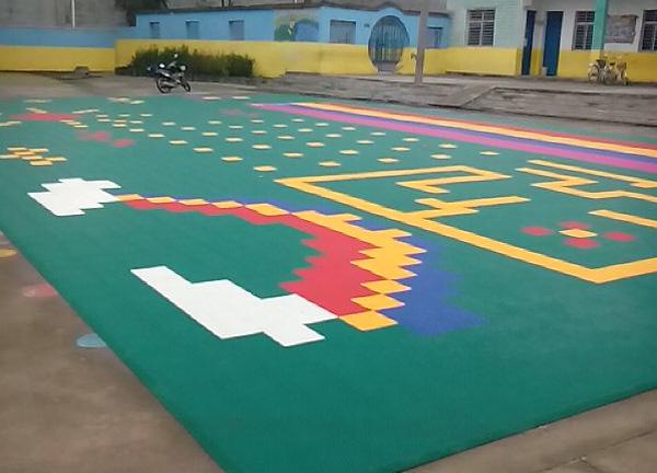 襄阳墙体彩绘公司-塑胶地垫铺设